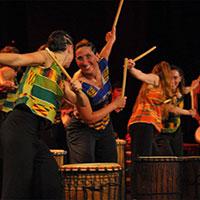 corso di danza sui tamburi bassi dundun dance Trieste